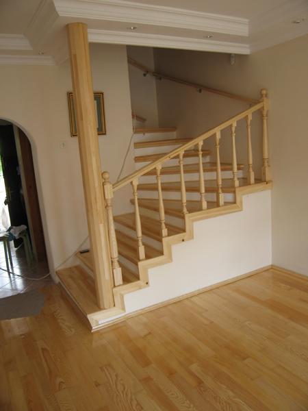 Ahşap Çam Merdiven