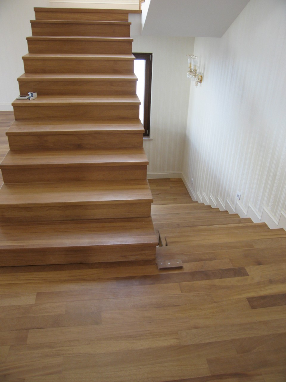 İroko Merdiven Kaplama