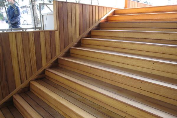 İroko -İreko- Dış Mekan Merdiven İmalatı
