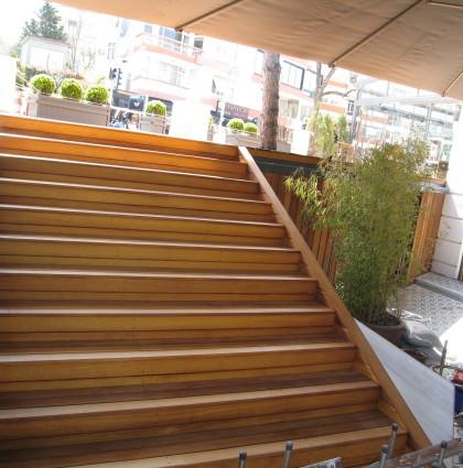 İroko Dış Mekan Merdiven