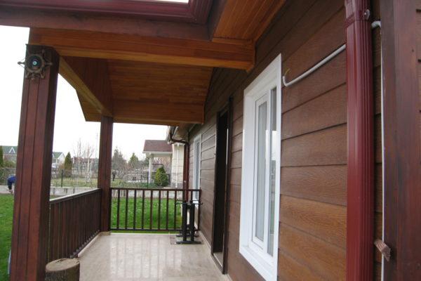 ahşap ev terası